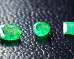 1.25 CT Natural - Unheated Green  Emerald Faceted Cut Stone Lot