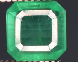 1.30 carats Natura greenl color Emerald gemstone