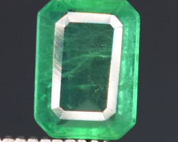 1 carats Natural green color Emerald gemstone
