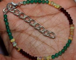 17 Crt Natural Ethiopian Opal Onyx Garnet Beads Bracelet 172