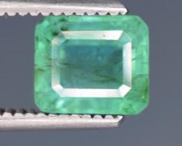 1 carats Naturalgreen  color Emerald gemstone