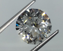 5.40 Carat VVS Topaz - Diamond White Color Master Cut Untreated Amazing !