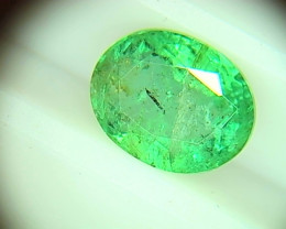 Vivid 2.94cts Colombian  Emerald , 100% Natural Gemstone