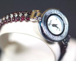 136.0Ct Natural Garnet Gemstones Watch