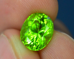 AAA Color 4.35 ct Himalayan Peridot ~ Pakistan