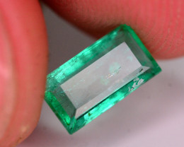 Superb Color 1.25 Ct Natural Panjsher Emerald . ARA