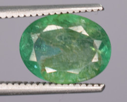 1.65 Carats Natural Emerald Gemstone