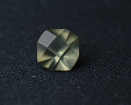 Faceted Diaspore Tic Tac mod. cut 5.85mm x 5,85mm x 3,82 mm