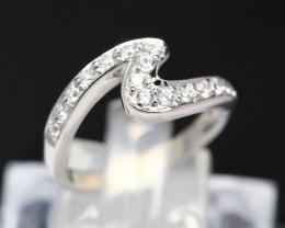 Diamond Ring 18Kt Gold F/VS Natural Diamond Ring D05