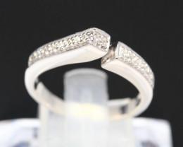 Diamond Ring 18Kt Gold F/VS Natural Diamond Ring D07