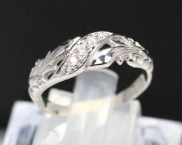 Diamond Ring 18Kt Gold F/VS Natural Diamond Ring D10
