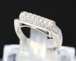 Diamond Ring 18Kt Gold F/VS Natural Diamond Ring D11