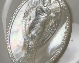 Mother of Pearl Angel Carved Cameo Shell with Rainbows Cabochon 15ct