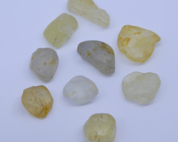 15.18 cts Rough Unheated Yellow Sapphire from Sri Lanka / Ceylon