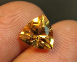 2.10CRT TRANSLUCENT GOLDEN CITRINE PYRAMYD CUT