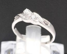 Diamond Ring 18Kt Gold F/VS Natural Diamond Ring D24