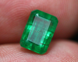 Emerald 2.22Ct Natural Vivid Green Zambian Emerald B1405
