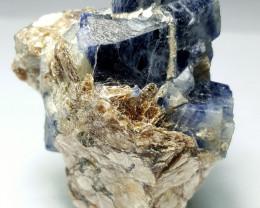 Blue Sapphire Specimen 295 Cts - Afghanistan