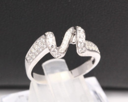 Diamond Ring 18Kt Gold F/VS Natural Diamond Ring D33