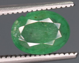 0.85 Carats Natural Emerald Gemstone