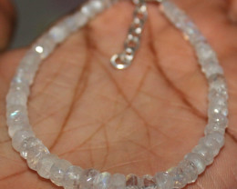23 Crt Natural Rainbow Moonstone Faceted Beads Bracelet