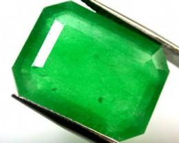 Quartz Emerald Green colour  10.50   carats   QU 219