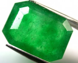Quartz Emerald Green colour   6.70  carats   QU 220