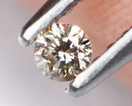 0.065cts 2.5mm Natural Champagne Colour Diamond / 2702