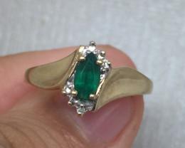 (B2) Fantastic $1500 Nat. Aunthentic 0.60ct  Emerald Ring 10K YG 1.5gr