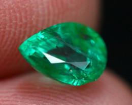 Emerald 0.98Ct Natural Vivid Green Zambian Emerald B2105