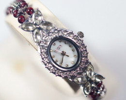 150.0Ct Natural Garnet Gemstones Watch