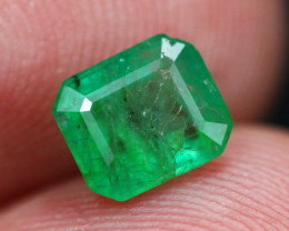 Emerald 1.01Ct Natural Vivid Green Zambian Emerald E2304