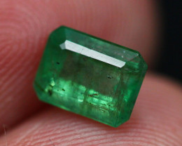 Emerald 1.10Ct Natural Vivid Green Zambian Emerald E2310