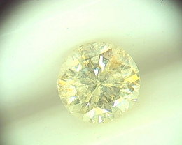 0.65cts  Fancy Light Yellow Diamond  , 100% Natural Untreated