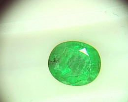 0.85cts  Emerald , 100% Natural Gemstone