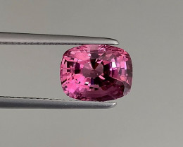 Brilliant Pink Spinel - 3.82 ct Cushion - Loupe Clean - Srilanka