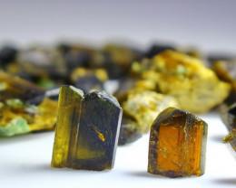 195.60 CT Natural - Unheated  Green Epidot  Crystal Rough Lot