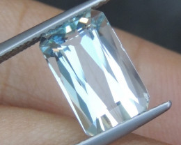 3.53cts  Aquamarine,   Clean,