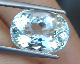 5.69cts  Aquamarine,   Clean,