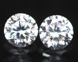 2.70mm D/E/F VVS Natural Round Brilliant Cut Diamond Pair