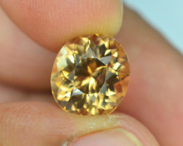 Top Quality 5.35 ct Champagne Color Topaz Skardu Pakistan