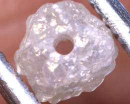 0.65 CTS ROUGH DIAMOND BEAD DRILLED SD-324