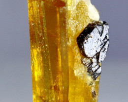 29.40 CT 100% Natural Suberb Quality Yellow Beryl Heliodor Crystal