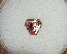 0,88ct Colour change garnet - Master cut!