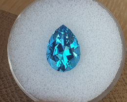 6,95 ct Swiss blue Topaz - Master cut!
