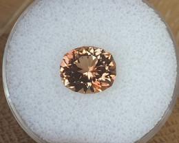 4,10ct Peach Tourmaline - master cut & glowing !