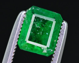 Gorgeous Color 0.80 Ct Natural Emerald from Swat