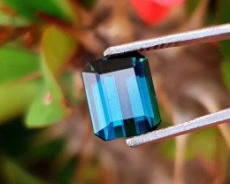 4  Ct Natural Blueish Transparent Tourmaline Gemstone
