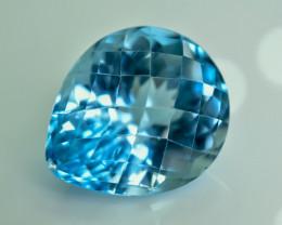 29.32 Crt Natural Topaz Faceted Gemstone.( AG 27)
