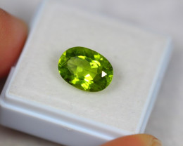 3.69ct Natural Green Peridot Oval Cut Lot Z111